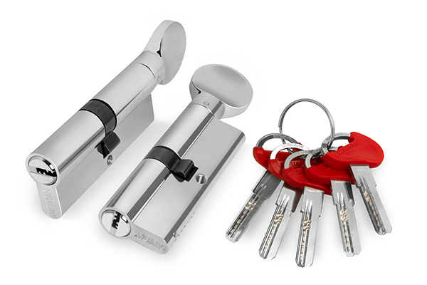 Цилиндр Fuaro ключ вертушка 60 mm (25+10+25) CP хром 5 кл.